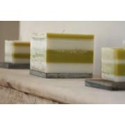Lot de 3 bougies assorties ivoire et vert, 1 bougie en forme de cube 10*10 et 2 bougies en forme de cube 5*5