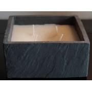 Bougie couleur ivoire 4 mèches, parfumée à la fleur d'oranger, présentées dans un support ardoise 15x15x7 cm